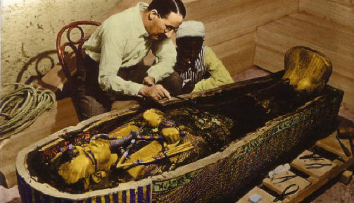 Howard Carter bij toetanchamon-graf